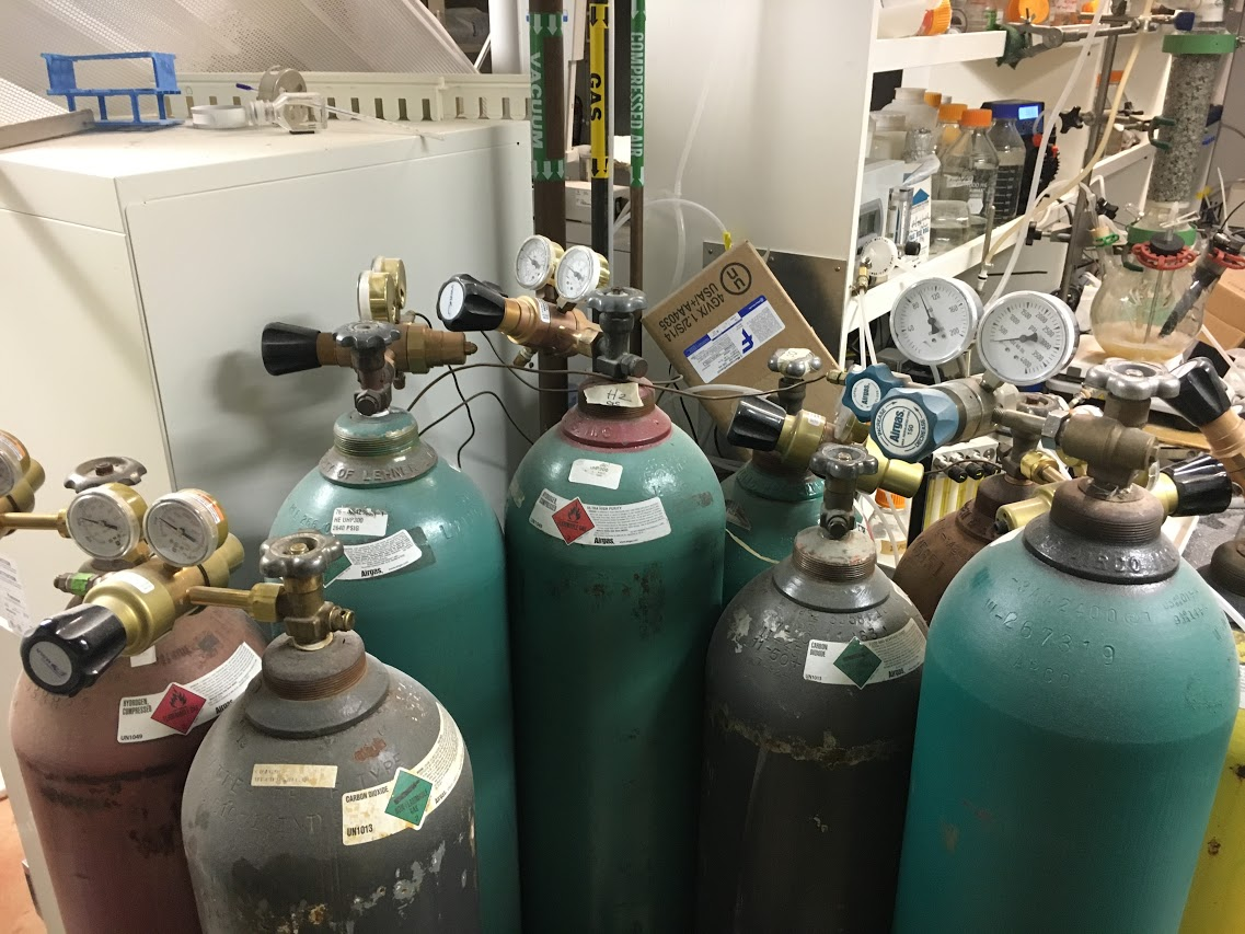 Spark From Pressure Gauge Caused University Of Hawaii Explosion Ladder Logic Diagram For Bottle Filling System Fire Department Says Chemical Engineering News